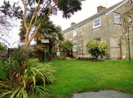House accessible in St Ives: 52 Halsetown, St Ives, Cornwall. TR26 3NA, £290, 000