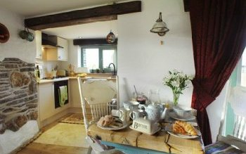 Jack Sparrow Barn Cornwall Extraordinary Residence Stays (2)