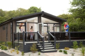 Luxury Lodges in Southern Cornwall - Mullion Cove