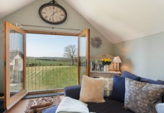 deluxe self-catering cottage Marhamchurch, Cornwall