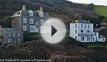 Fern Cottage Port Isaac canvas print by Chris Thaxter
